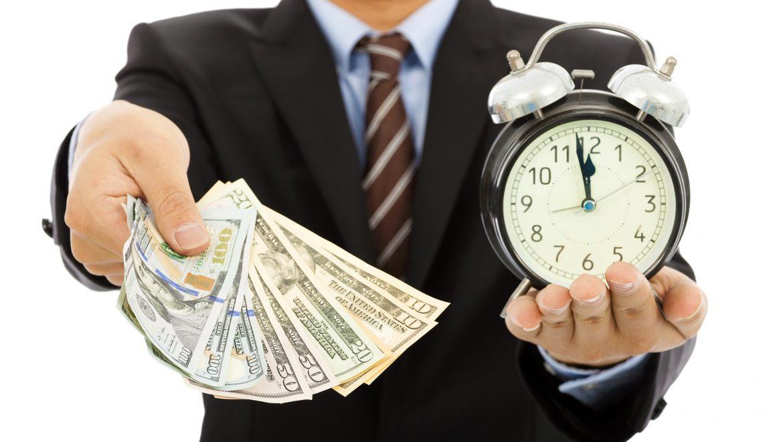 הכנסה מטיפים – שכר עבודה או רווח של המלצר (מאת חשב מערכות מידע)